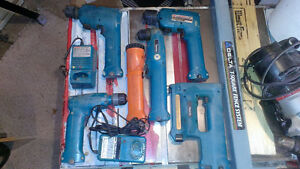 Makita cordless drills, stapler, flashlight & chargers Cornwall Ontario image 1