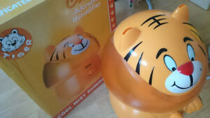 Crane Ultrasonic Adorable Cool Mist Humidifier,Tiger