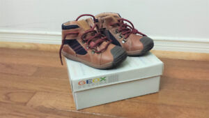 Toddler Boys Shoes-What a Deal-Look Inside