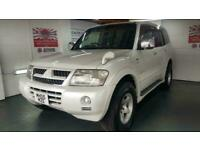 Mitsubishi Pajero 3.0 automatic white 5 door half leather jap import in stock 05