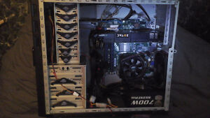 GAMING PC FOR DECENT BIKE