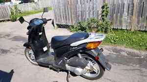 2009 Scooter 150cc 3000km can be sold sertified.