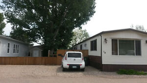 Beautiful trailer in Prairie Oasis! Price negotiable!