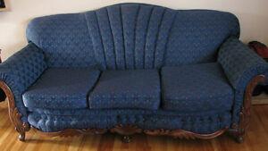 Divan & fauteuil antique West Island Greater Montréal image 2