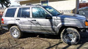 PRICE DROP 97 5.2L V8  jeep grand cherokee limited
