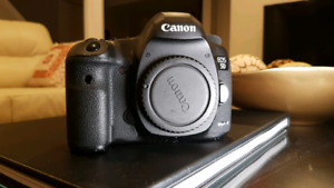 Canon. 5D Mark III - Mark 3