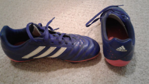 Size 3 Soccer Shoes