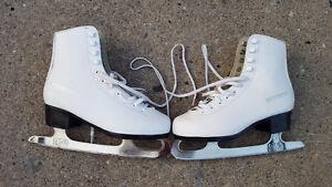 WinWell Ladies Figure Skates size 5