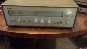 Yamaha CR-400 Natural Sound AM/FM Stereo Receiver Amplifier - Vi