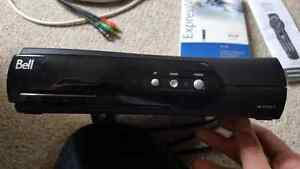 Bell ExpressVu 4100 digital satellite receiver
