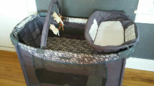 Grace deluxe pack and go playpen