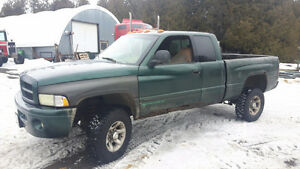1999 Dodge Power Ram 2500 Sport Pickup Truck