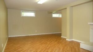 Inner city Spruce Cliff SW - Spacious Basement Suite Avail Immed