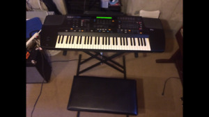 ROLAND E-86  Synthesizer keyboard