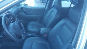 HYUNDIA SANTA FE AWD *** FULLY LOADED SUV *** CERT $4995 Peterborough Peterborough Area image 8