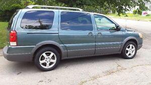 2006 Pontiac Montana Extended Sports Van ****  AWD ****
