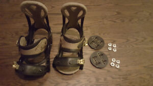 Burton Custom Snowboard Bindings (size small)
