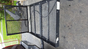 Scooter/wheelchair/cargo carrier with ramp