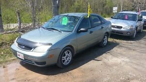 2006 FORD FOCUS AUTOMATIC  RUNS VERY WELL