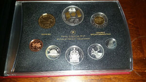 2005 proof silver set Mint Condition!!..coins sterling or .999..