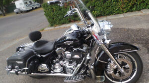 2013 Harley Davidson Road King Classic Amazing Deal!