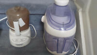 2 TYPES OF FRUIT AND VEGETABLE JUICERS, USED AND UNUSED