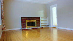 Newly Renovated 2 Bdrm 1000 sqft. House Suite