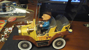 MR Magoo Tin Car Hubley