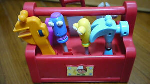 Handy Manny TOOL BOX with dancing tools