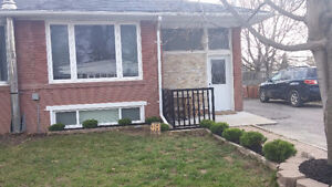 3 Bedroom ALL INCLUSIVE home in Newmarket