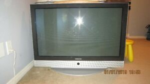 Tv for sale @ 120 or best offer