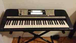 yamaha psr buy or sell pianos keyboards in toronto. Black Bedroom Furniture Sets. Home Design Ideas