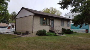 Open House Sunday 2-3 pm Dec 3 Holyrood Bungalow & Character