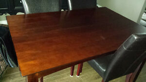 Dining room table Only Kawartha Lakes Peterborough Area image 1