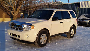 2011 Ford Escape XLT  FWD SUV, Crossover
