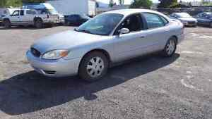 2004 Ford Taurus 183k fully loaded leather A/C runs great
