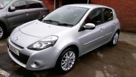 RENAULT CLIO 1.5 DCi 5 DOOR DIESEL £20 TAX SAT NAV BLUETOOTH CRUISE 2011 REG