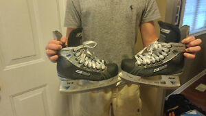 Bauer Supreme One 65 Hockey Skates Size 4EE | Shoe Size 5EE Cambridge Kitchener Area image 3