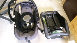 Car seat with base $40