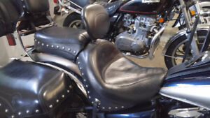 One-Piece Studded Mustang Seat with Driver's Backrest
