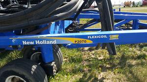 2011 New Holland P2070-70 Air Drill Regina Regina Area image 2
