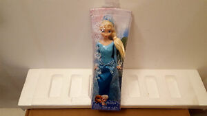DISNEY PRINCESS FROZEN SPARKLE QUEEN ELSA OF ARENDELLE DOLL