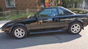 1987 toyota MR2 very clean.
