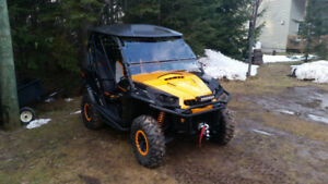2016 Can-Am Commander XT-P 1000 Side by Side