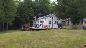 Lake Kagawong Waterfront Cottage For Rent, Manitoulin Island!!