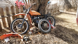 ***Suzuki dirt bike***