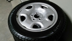 OEM Honda Civic Michelin Xi3 Winter tires on Silver Rims 90%