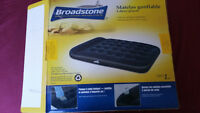 Matelas gonflable 2 places BROADSTONE