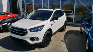 2017 Ford Escape SE 2.0 Ecoboost, black edition