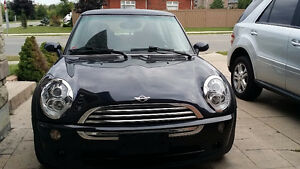 2005 MINI Cooper LOW KM!